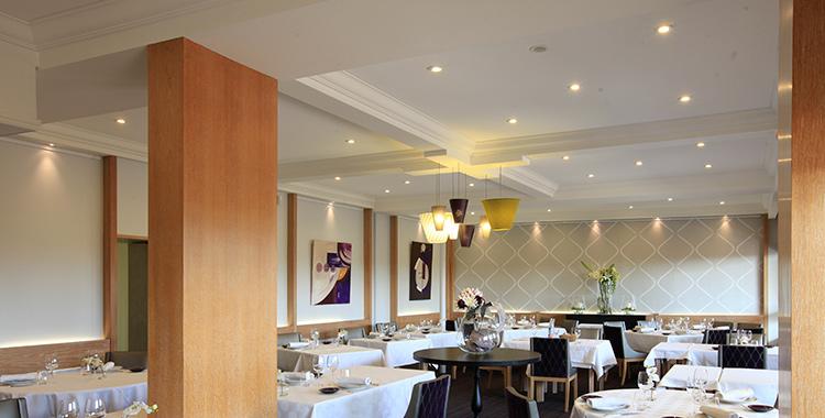 Julie math architecte d 39 int rieur restaurant for Architecte interieur restaurant